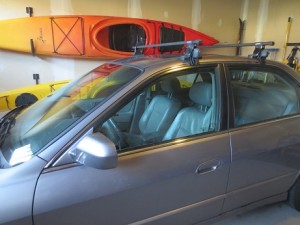 Close-up of grey Honda Accord with rooftop racks that enable identification.