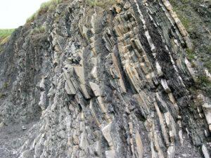 Upthrust sedimentary rock