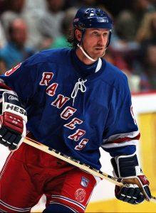 Wayne Gretzky in Rangers uniform