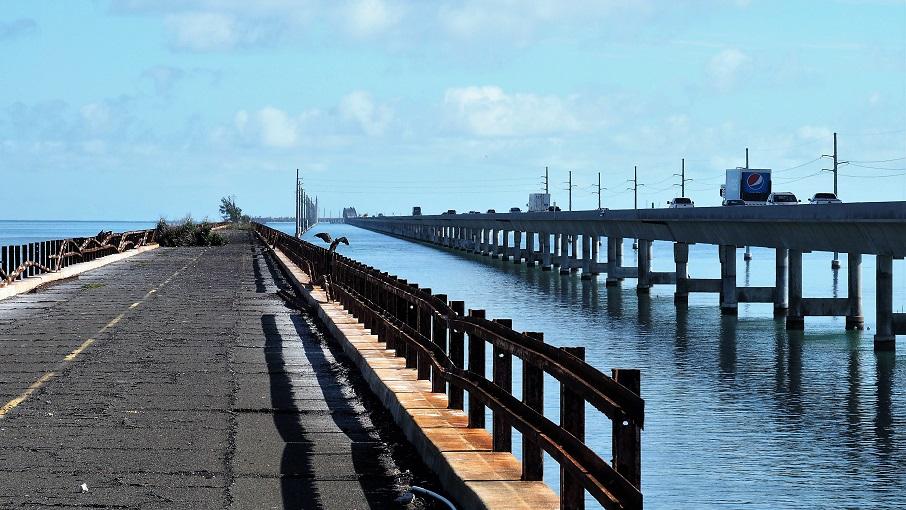 7-mile bridge fading into the distance
