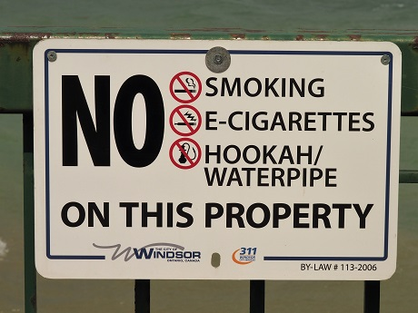 No-smoking sign prohibiting e-cigs and hookahs.