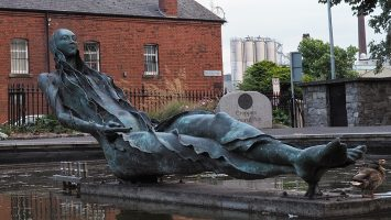 Bronze statue personifying the River Liffey.